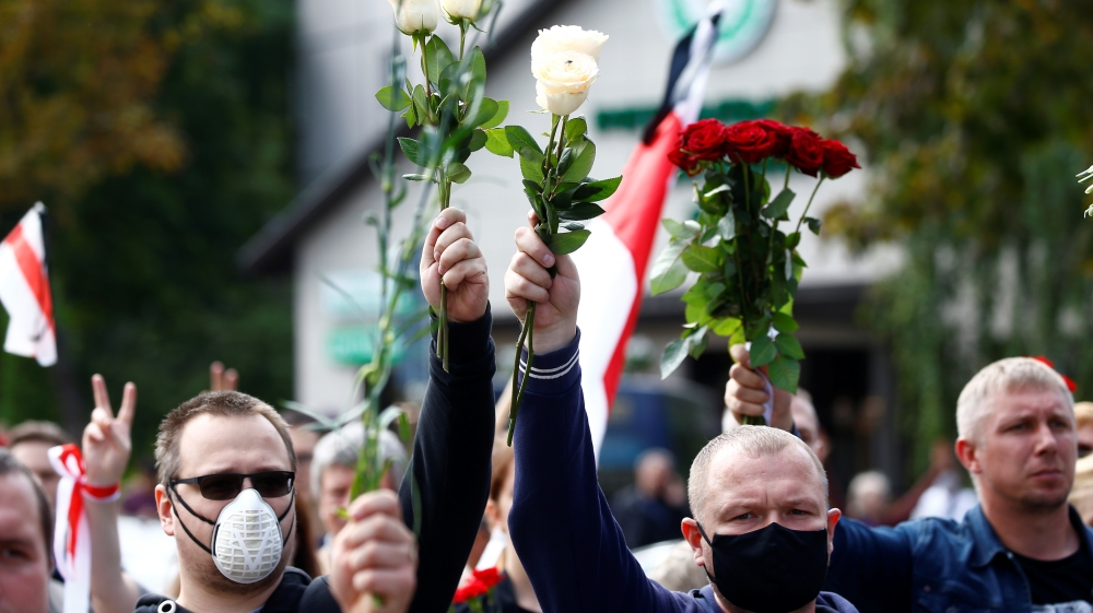 Belarus braces for fresh protests as pressure grows on Lukashenko thumbnail