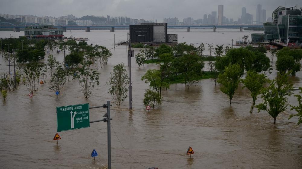 Flash floods, mudslides kill 13 people in South Korea   South ...