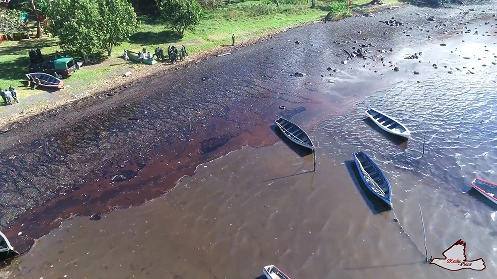 A still image taken from a drone video shows an oil spill after the bulk carrier ship MV Wakashio ran aground on a reef, at Riviere des Creoles, Mauritius, August 8, 2020. REUBEN PILLAY/REUBSVISION.MU