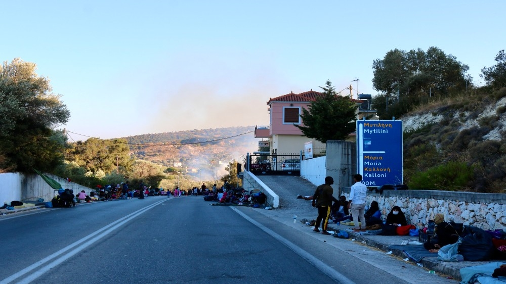 Moira Lavelle  Moria thousands refugees on street
