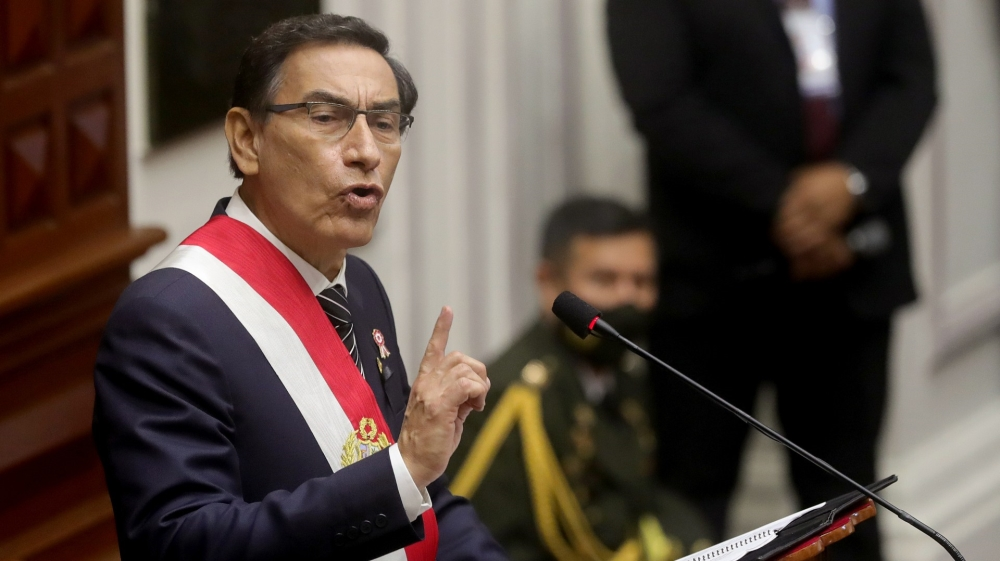 Peru officials' homes raided as part of presidential probe