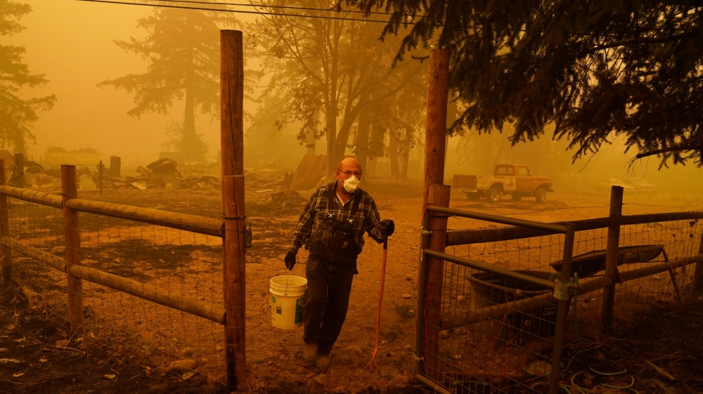 Death toll rises as wildfires ravage US West Coast