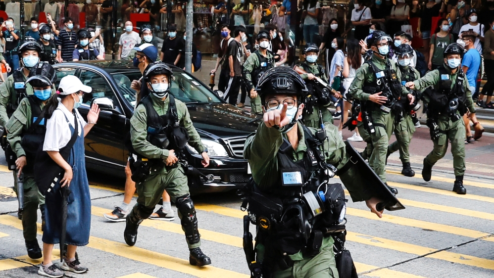 Hong Kong police arrest 289 at protests over election delay thumbnail