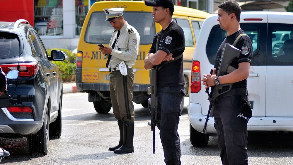 ISIL claims responsibility for deadly Tunisia knife attack thumbnail