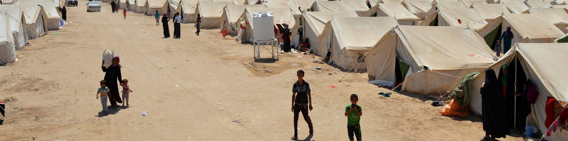 More than 20,000 people have fled Fallujah in the past two days alone, the UN says [Reuters]