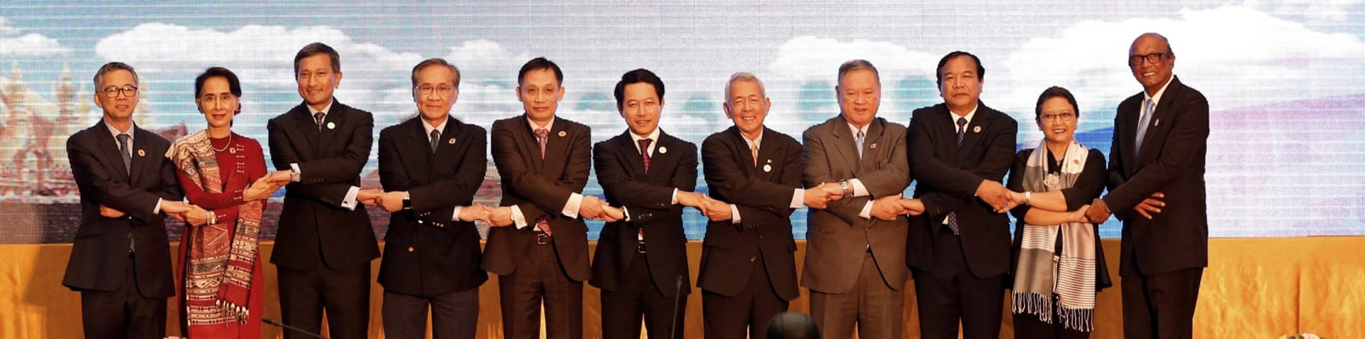 Officials said talks between leaders of ASEAN and China went smoothly [Reuters]