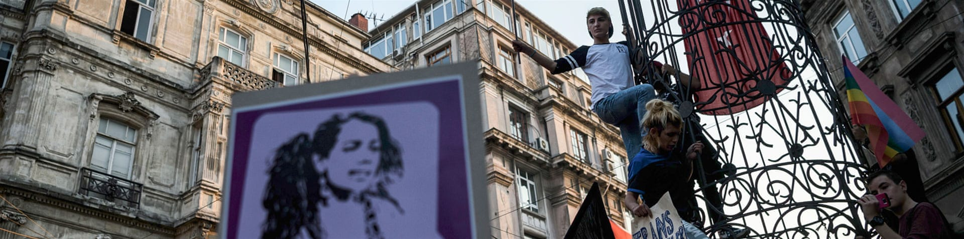 More than 200 demonstrators carried banners saying 'Justice for Hande Kader' and 'Let's fight for our survival' [Ozan Kose/AFP]