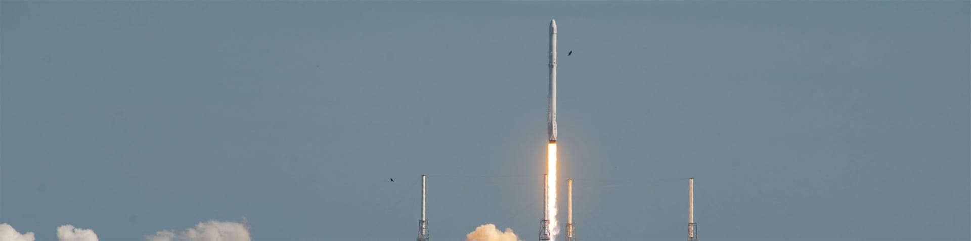 SpaceX rocket explodes during Cape Canaveral test fire ...