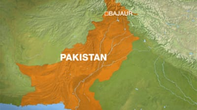 Pakistan tribes attack Taliban