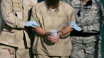 Obama restarts Guantanamo trials