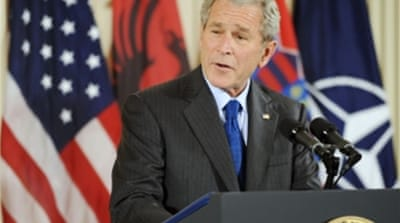 Bush signs Balkan Nato agreements