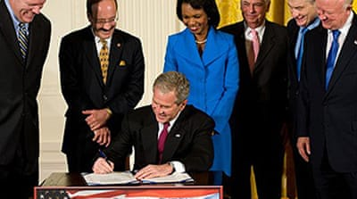 Bush signs India nuclear deal