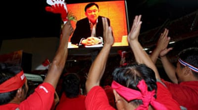 Thaksin calls on Thais for support