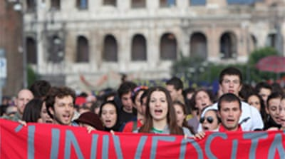 Student protests continue in Italy