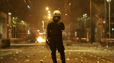 Police shooting sparks Greece riots