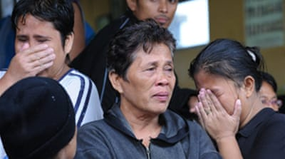 Philippines hunts ferry survivors
