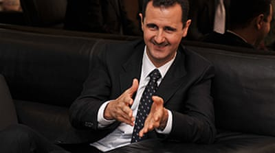 Assad in 'historic' visit to France