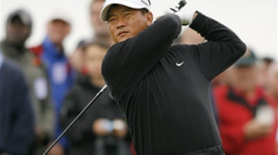 Choi catches the Shark at the Open