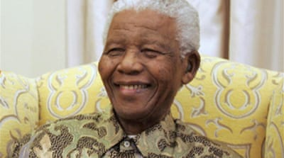 S Africa toasts 'hero' Mandela