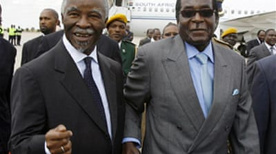 Mbeki in Harare for crisis talks