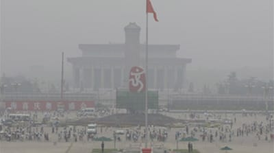 Smog lingers as Beijing games near