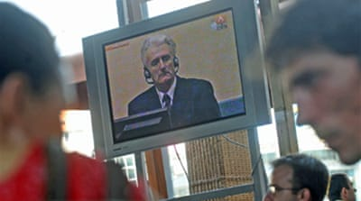Karadzic appears at Hague court