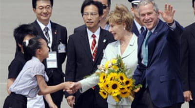 Leaders gather for Japan G8 summit