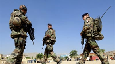 French troops die in Afghan battles