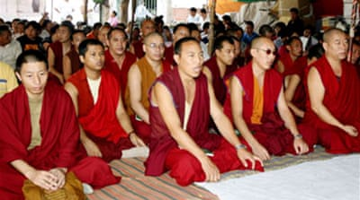 Tibetans hold 'fast for peace'