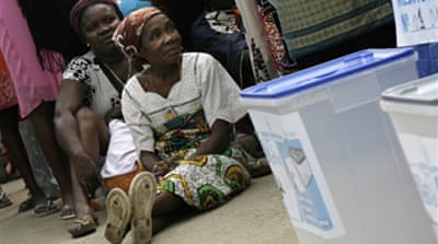 Angolans vote after 16-year wait