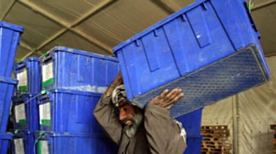 Afghans plan extra polling centres