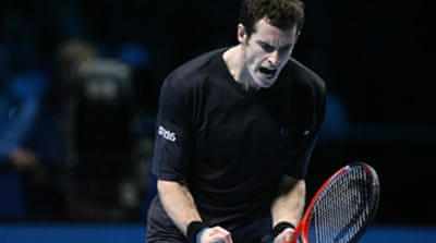Murray blows 'big nose' off court