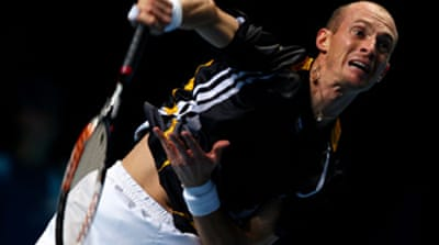 Brilliant Davydenko downs Federer