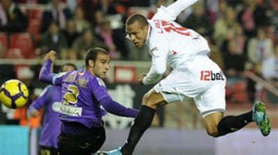 Fabiano saves point for Sevilla