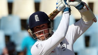 Swann smashes England into match