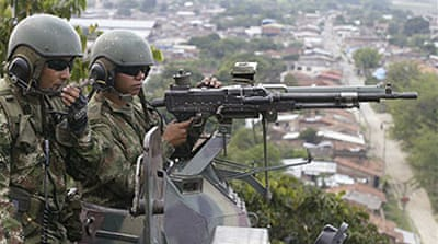 Colombian troops rescue oil workers