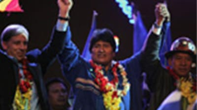 Morales reaches out to middle class