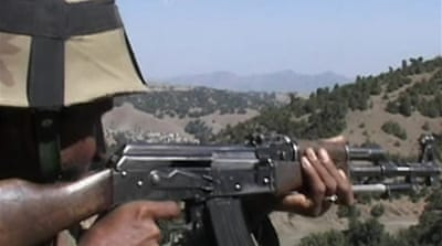 Pakistani military battles Taliban