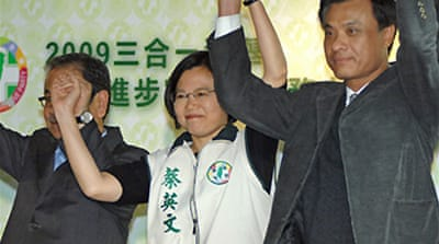 Taiwan opposition gets poll boost