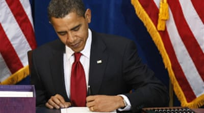 Obama signs US stimulus bill