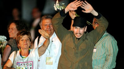Colombia rebels free four hostages
