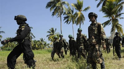 Sri Lanka troops 'enter rebel town'