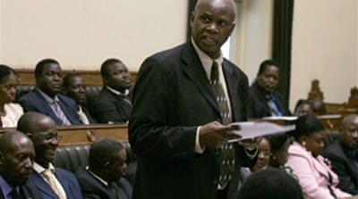 Zimbabwe MPs back unity government