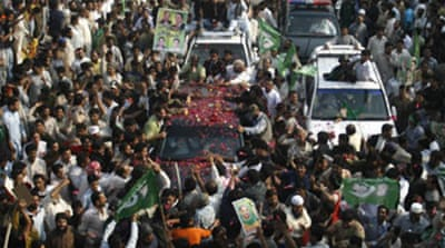 Sharif leads 'march' to Islamabad