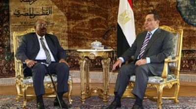 Defiant Bashir travels to Cairo