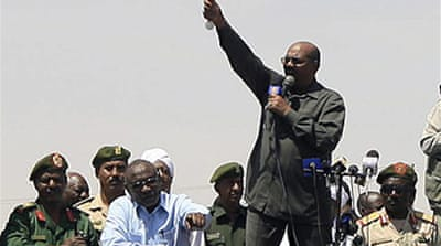Al-Bashir defiant at Darfur rally