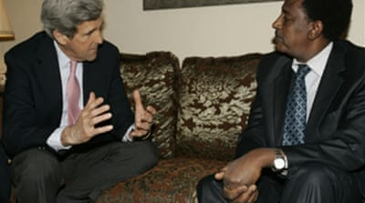 US senator Kerry visits Sudan