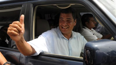 Correa 'wins' Ecuador polls
