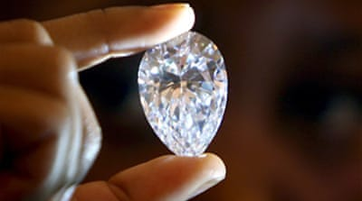 Zimbabwe sells controversial gems