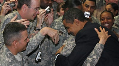 Obama visits US troops in Iraq